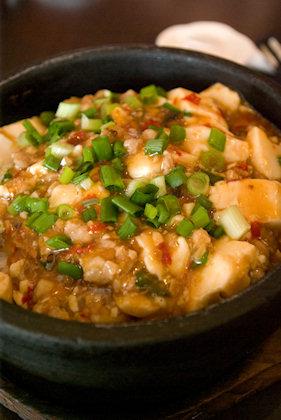 ... ma po tofu (麻婆豆腐) rice. This was darn good.