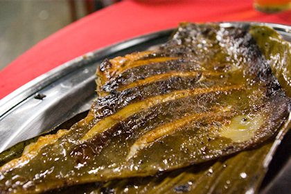 ... this grilled stingray has exceptional sauce. Unlike others, this 1 tasted like tumeric with ginger, which was very nice.
